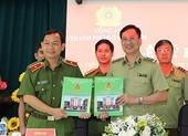 TP.HCM: Công an, Quản lý thị trường ký phối hợp chống buôn lậu