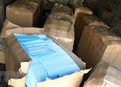 Khởi tố bị can buôn lậu hơn 186.000 khẩu trang y tế