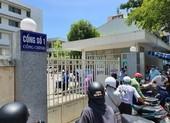 Cảnh phong tỏa bệnh viện, chuyển bệnh nhân nghi nhiễm COVID-19