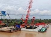 Lập biên bản công ty neo 2 sà lan 3.000 tấn cạnh cầu Rạch Miễu