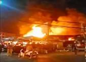 Kiên Giang: 6 kiot chợ Rạch Sỏi cũ bị thiêu rụi trong đêm