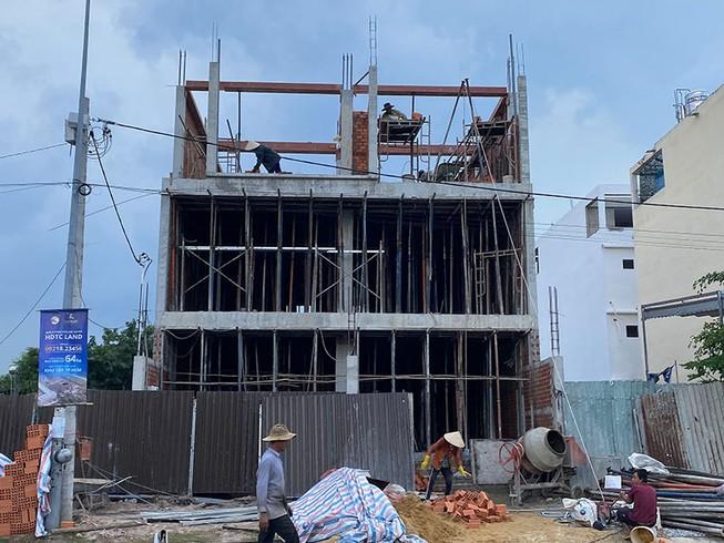 Nhiều vướng mắc về xử lý vi phạm xây dựng