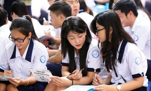 Từ ngày 2-5 học sinh TP.HCM làm đơn thi tuyển lớp 10