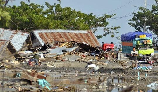 Indonesia tan hoang sau thảm họa động đất, sóng thần