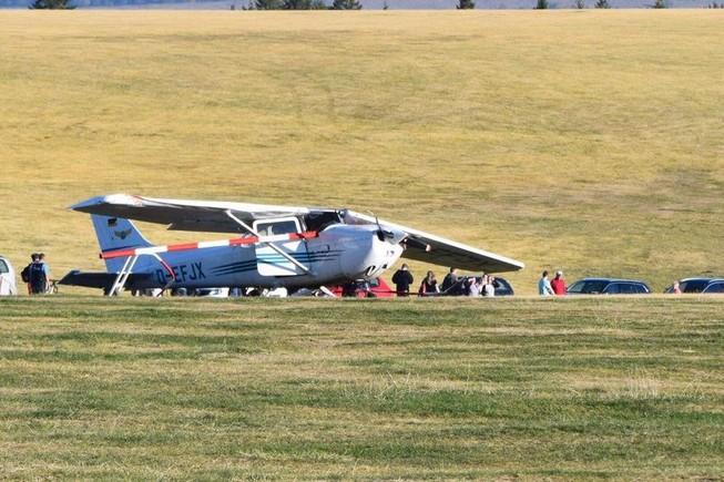 Máy bay rơi và lao vào đám đông ở Đức, 3 người thiệt mạng