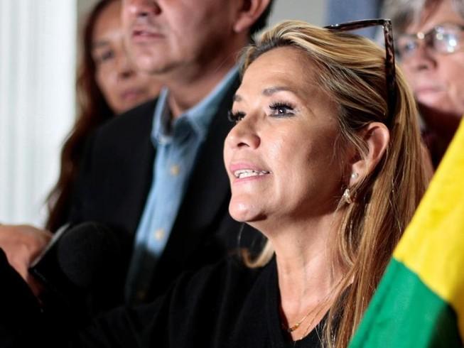 Khủng hoảng Bolivia: Ai tiếp quản chiếc ghế của ông Morales?