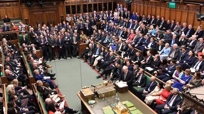 Hạ viện thông qua thỏa thuận Brexit, Anh sẽ rời EU đúng hạn