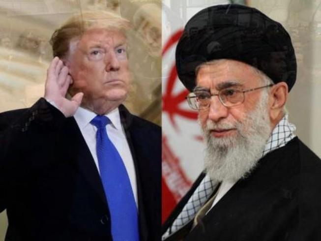 Tổng thống Trump (trái) và Lãnh tu tối cao Iran Ali Khameinei. Ảnh: AP  Tổng thống Iran Rouh
