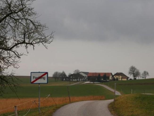 Làng ở Áo đổi tên vì có nghĩa 'nhạy cảm'