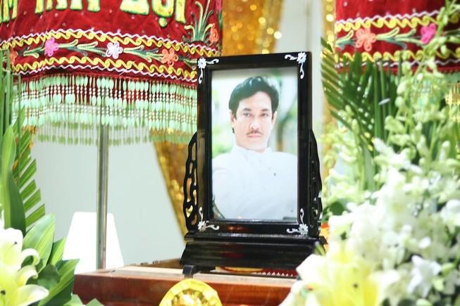 Nghệ sĩ tiếc thương tài tử Nguyễn Chánh Tín