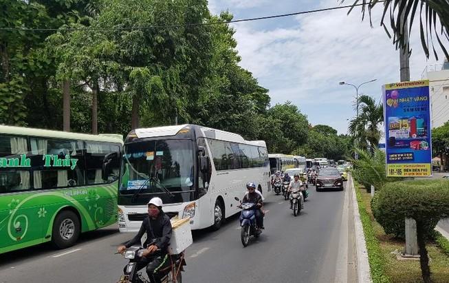 Thêm phương án 'siết' xe khách du lịch vào nội thành Đà Nẵng