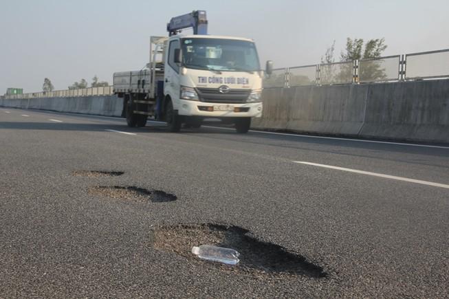 Những tố cáo nhắm vào cựu GĐ BQL cao tốc Đà Nẵng-Quảng Ngãi