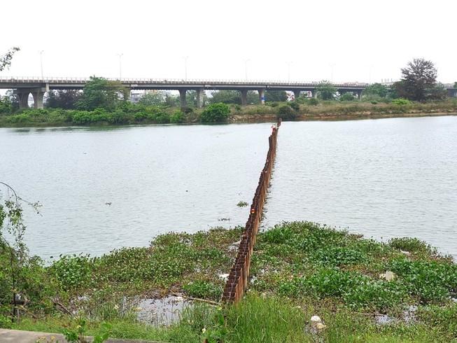 Đà Nẵng đắp 2 đập tạm ngăn mặn cứu nước sinh hoạt