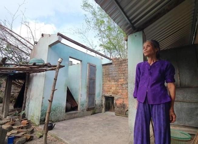 Bạn đọc báo Pháp Luật TP.HCM sẽ dựng lại những căn nhà sau bão