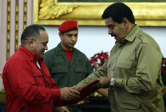 Nội các Venezuela sẵn sàng từ chức để tiến hành cải tổ