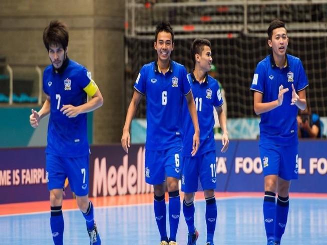 Thái Lan đánh bại Ai Cập, vào vòng 16 đội