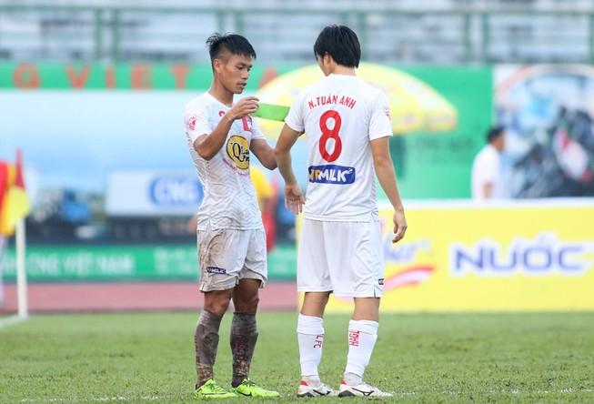 Vắng Công Phượng,HA Gia Lai vẫn hạ nhà vô địch V-League