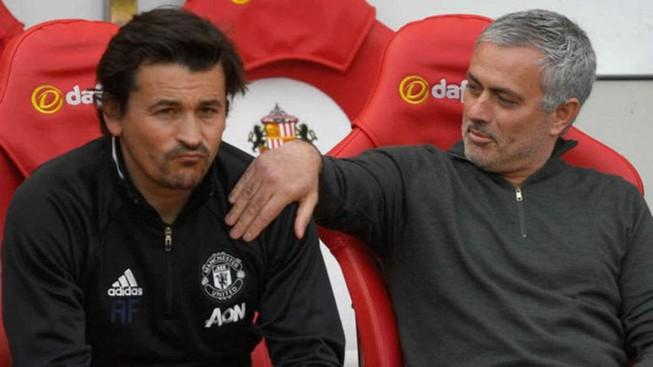 Mourinho đưa người của mình vào Arsenal?