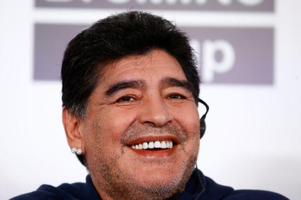 Maradona làm chủ tịch CLB, tuyển Pháp được đặt tên cho nhà ga