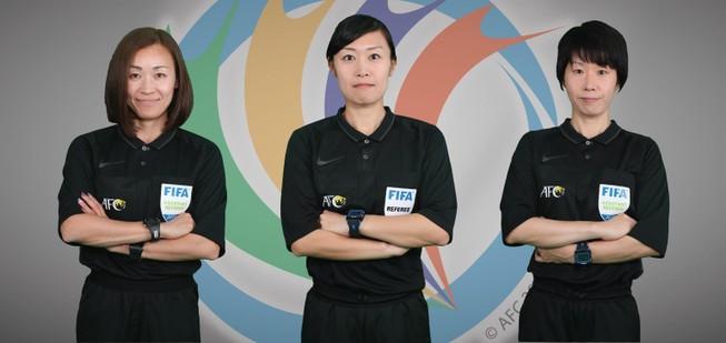 B. Bình Dương 'đụng' trọng tài nữ ở cúp châu Á