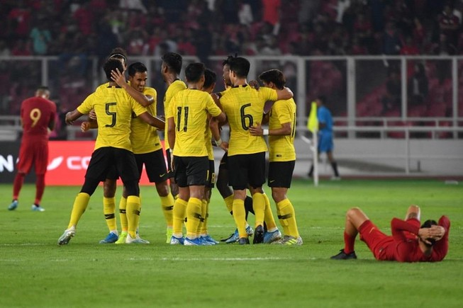 Á quân AFF Cup bất ngờ dẫn đầu bảng G vòng loại World Cup