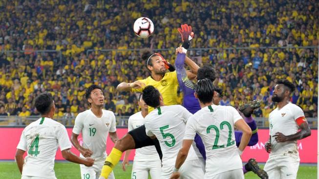 Hạ Indonesia, tuyển Malaysia vượt mặt Thái Lan
