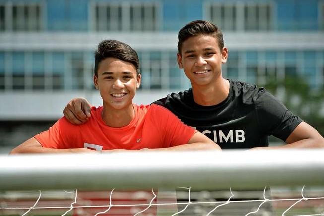 Đối trọng của thầy Park đưa cả hai con trai vào đội U-22
