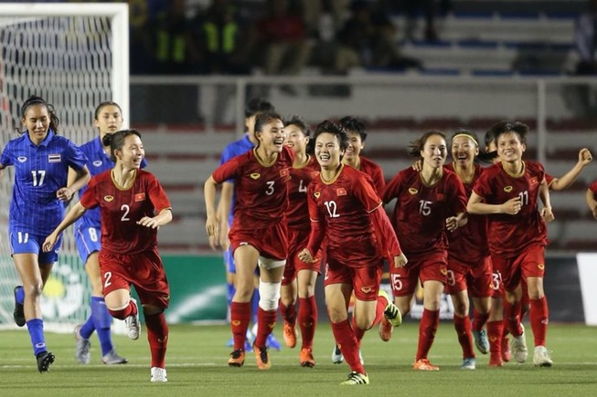 Chiếc HCV bóng đá nữ sẽ là động lực cho các cầu thủ nam