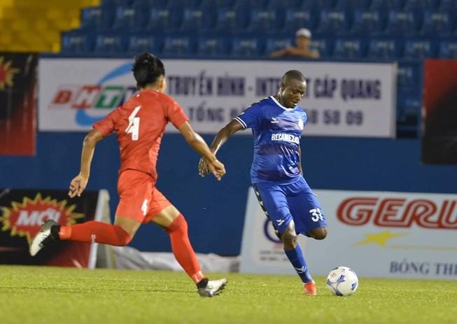 HLV Carlos có muốn 'đùa' với U-20 Việt Nam?