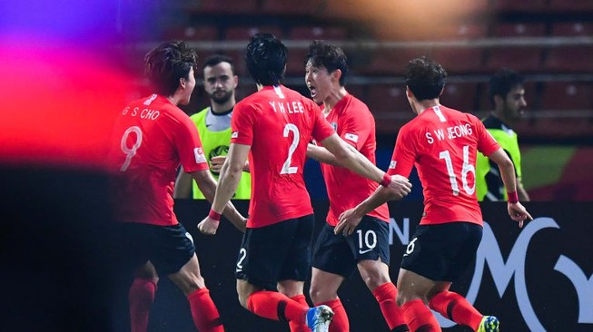 'Siêu phẩm' phút bù giờ đưa Hàn Quốc vào bán kết U-23 châu Á