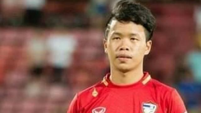 Một cầu thủ Thái Lan qua đời vì ngất sau 6 tháng