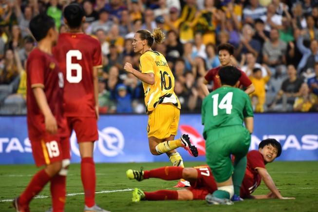 Thua đậm Úc, Việt Nam khó giành vé dự Olympic 2020