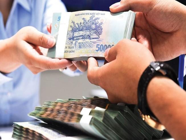 Cuối năm các ngân hàng đua nhau giảm lãi suất tiền gửi