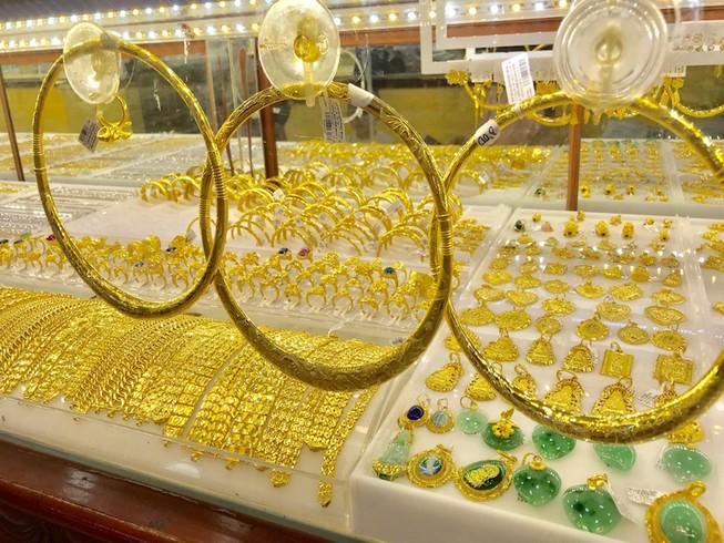 Nhà đầu tư vàng vùng đỉnh sắp có cơ hội huề vốn