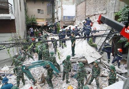 Sập nhà 4 tầng ở Hà Nội: Người dân xung quanh đã cảnh báo