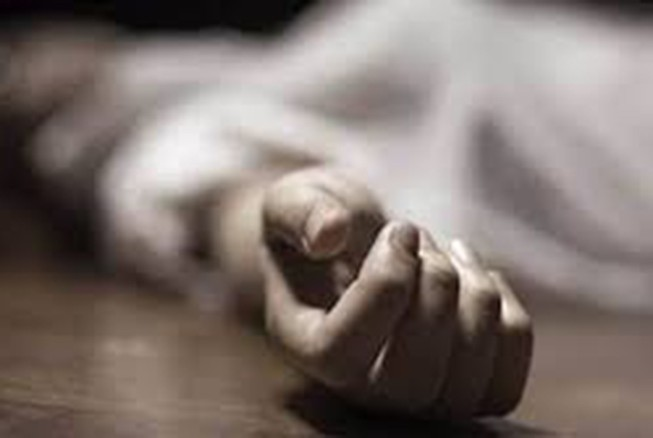 Kinh hoàng: Cứu kịp 1 trẻ sơ sinh nghi bị chôn sống