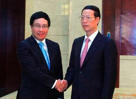 Phó Thủ tướng Phạm Bình Minh gặp Phó Thủ tướng Trung Quốc