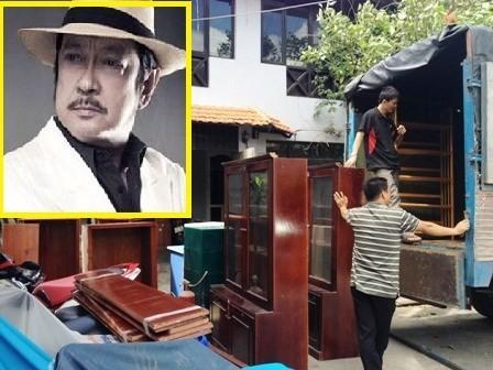 Nghệ sĩ Chánh Tín dọn đồ, bàn giao nhà cho ngân hàng