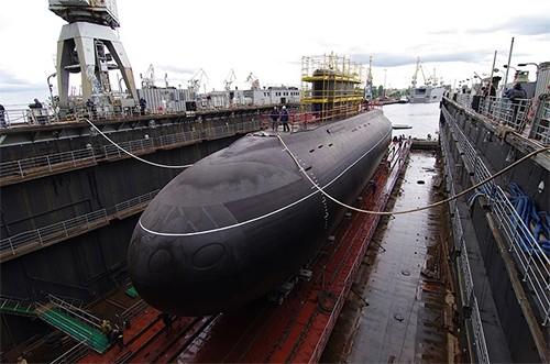 Khám phá tàu ngầm 'Hố đen đại dương' của Nga