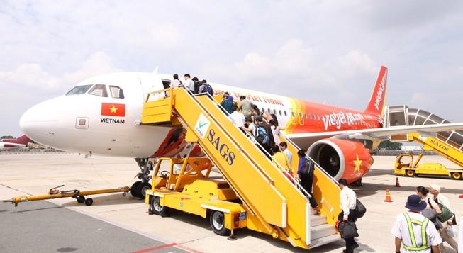 Vietjet mở bán 360.000 vé máy bay Tết