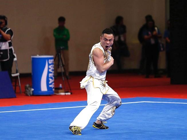 Võ sĩ kỳ cựu Phạm Quốc Khánh đoạt huy chương vàng nam quyền nam tại SEA Games 30.