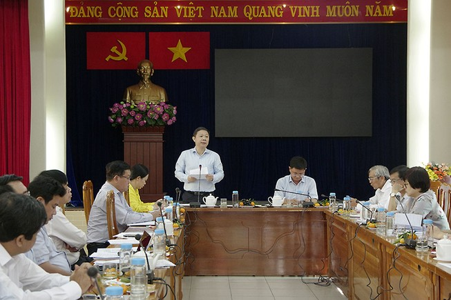 Phó Chủ tịch UBND TP.HCM Dương Anh Đức phát biểu tại buổi làm việc với UBND quận 5. Ảnh: THANH TUYỀN