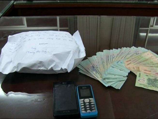 Mua 'thần dược' 130.000 đồng rồi lừa bán giá 25 triệu