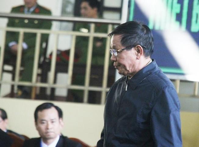 Cựu tướng Phan Văn Vĩnh: Tôi đã đưa cả tổ ong vào tay áo mình