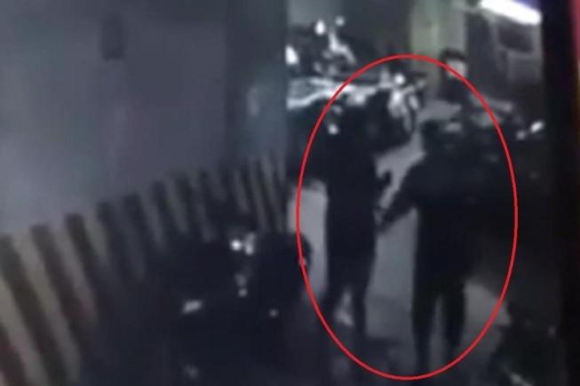 Người đàn ông sàm sỡ phụ nữ dưới hầm gửi xe vì say rượu