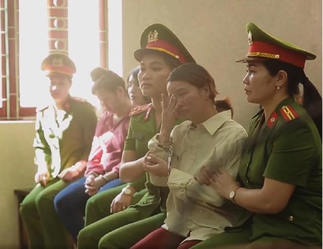 Mẹ nữ sinh giao gà ở Điện Biên bị phạt 20 năm tù