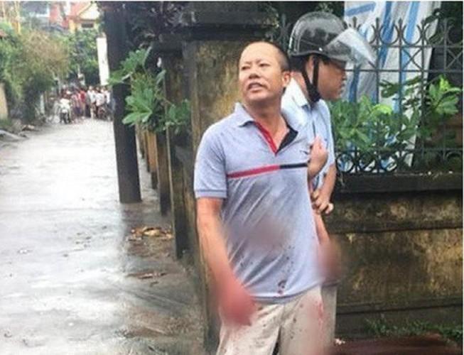 Xét xử bị cáo truy sát cả nhà em trai vì phần đất rộng 0,5 m