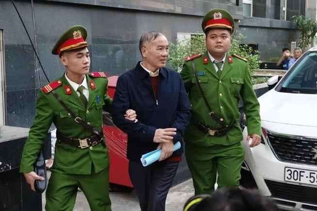 Cựu chủ tịch MobiFone Lê Nam Trà nói về giá mua AVG