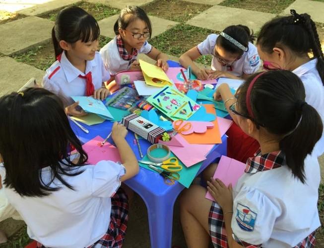 Hà Nội: Giáo viên, học sinh phải nghỉ nếu bị sốt