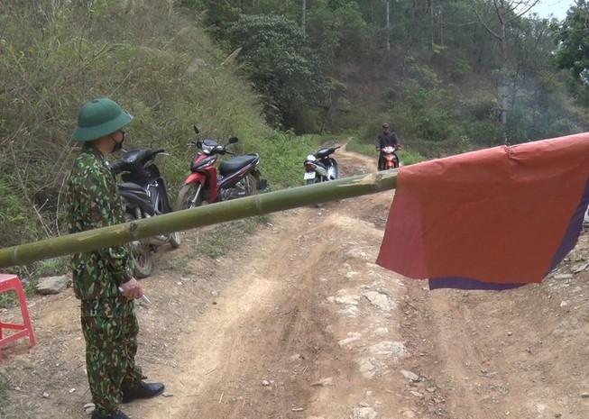 Một chốt kiểm soát dịch bệnh trên địa bàn huyện Đồng Văn. Ảnh: https: dongvan.hagiang.gov.vn